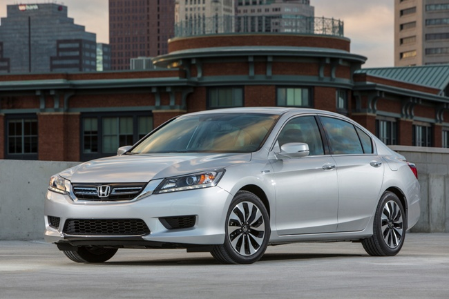 Honda Accord Hybrid Named to 10 Best Green Cars of 2014 List