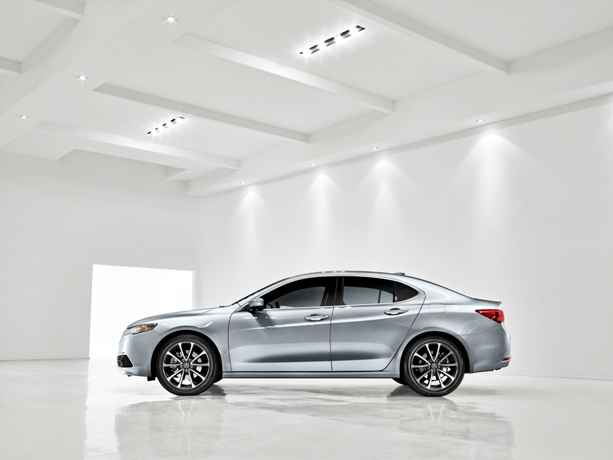 2015 Acura TLX Unveiled at the 2014 New York International Auto Show